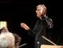Christian Zacharias joue et dirige le Concerto pour piano n°1 de Beethoven